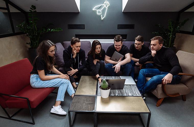 Фотография команды студии Миши Рудрастых